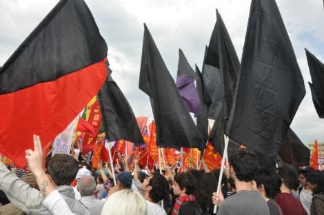 social revolution flags