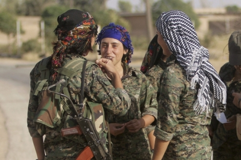 Women defending Kobane