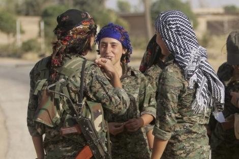 Women defending Kobane