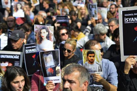 Protesting the Ankara Massacre