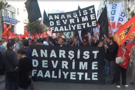 DAF marchers